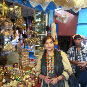 Vishnupad Temple Shop