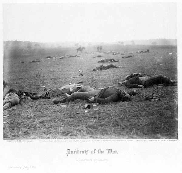 Timothy O'Sullivan, « La moisson de la Mort » (Bataille de Gettysburg, Juillet 1863)
