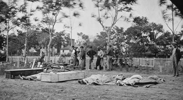 Burial of Union troops at Fredericksburg, Virginia, May, 1864. Library of Congress.